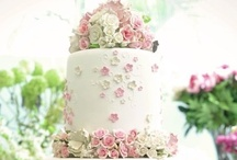 Fabulous Cakes / by Cheryl Cole