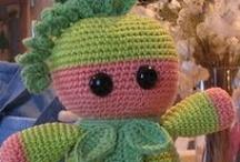 amigurumi / Little crocheted bundles of love / by Eden Lindsay-Bodie