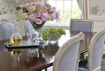 Elegant Dining  / by `✿.Evelyn•*¨*•.¸¸♥ Miller