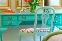 Color Splash / Just a pop of color for your interior design gives energy to the setting. / by `✿.Evelyn•*¨*•.¸¸♥ Miller