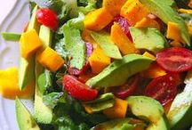 Recipes that look Yummy / by Lori Chissie