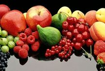 Nature Food ~ Fruits and Vegetables / by Angela Gschwandtner