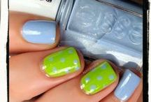 nail polish luv / by Michelle Lasitter