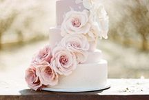 Stunning Wedding Confection / by Simone Lennon