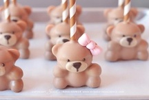 Cake Pops / by Nancy Flores