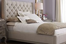 Beds - tufted / Fabulous tufted bed . / by Linda Cutler