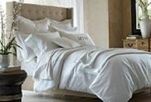 Bedding / Tufted Bed / by Linda Cutler