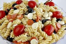 Deli Salad Recipes / Discover the most delicious deli salads in this comprehensive collection of easy deli salad recipes. We have everything from egg salad recipes and potato salad recipes to tuna salad recipes, chicken salad recipes, easy coleslaw recipes, pasta salad recipes and a whole bunch of other amazing recipes for deli salad. 