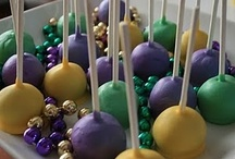 Cake Pops, Balls, and Truffles / by Susan Theriot