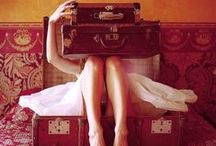 pack your bags / by Stefania Podes