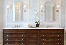 Bathrooms / by Laura Kiernan {JourneyChic.com}
