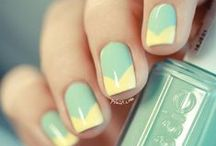 Beauty - Nails  / by Natale Bo