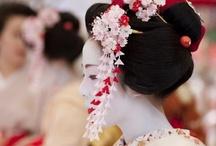 Geisya & Maiko / #maiko #geisya #kimono #japan #kyoto / by Sonoe Kinoshita