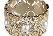Elegance in Pearls / So elegant and beautiful.. / by Sandy Lee Cali