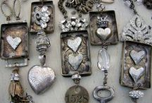 Vintage Bits and Baubles / by Dawn Bourgette - Dawn's Creative Chalet