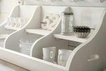 Dresser/Shelving Zen / by Michelle G