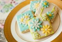 Cookie Inspiration ~ Flowers / by Jolene Hausman