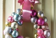 Christmas Crafts / by Jolene Hausman
