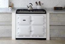 Kitchen / by Alice Ellialtioglu