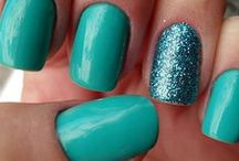 Lovely nails / by Gabi Dugal