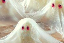 Halloween Goodies! / Halloween decoration, food, treats, crafts ideas & inspiration - get pinning! / by Kitchenbug