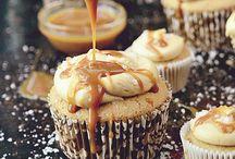 Cakes & cupcakes / by Myra Gilmore