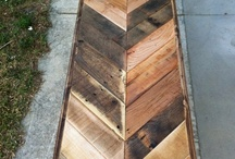 Pallets PLEASE / by Abigail Patricia
