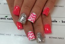 Fingernails & toenails! / by Laura Stowe