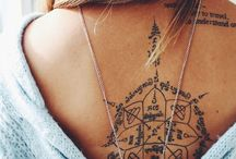 tattoo & piercings / by Chloe Kaspari