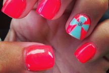 Pretty Nails! / by Kimberly Jacks