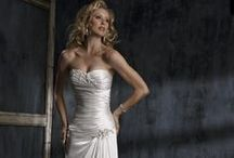 Wedding Goodies, Info, & Ideas / by Kris Cain, LittleTechGirl Media