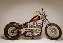 Moto / by Ernie Navarro