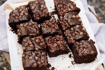 Brownies and Bars / Yum / by Yammie's Noshery