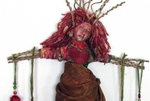Art Dolls / These are the things that inspire me, make me want to make more, branch out. / by Sue Kurowski