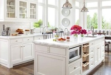 kissable kitchens / by Beatrice Roberts