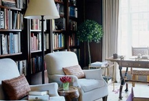 luxurious library / by Beatrice Roberts