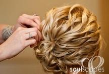 Pretty Hair / by Becca DeMattia