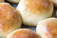 Good Eats - Bread / by Joel-Kristi Leman