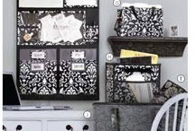 Thirty One (31) !! I am a Bag lady and LOVE IT!!!!! / by Lisa Moore