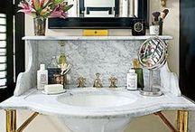 bathhouse / bathrooms / washrooms / powder rooms / by Gidel Dawson