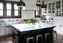 kitchen / have been thinking of doing upper white cabinets and black lower cabinets for some time now... / by Laurie Baxter