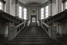 abandoned beauties / by Oksana Valentelis