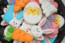 Sugar Cookies / Iced Sugar Cookies / by Peppermint Creative