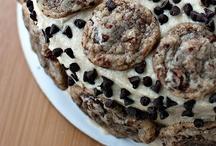 {Desert} Cakes / by Rachel Joram