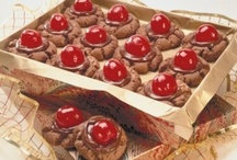 Valentine's Day Recipes / Treat your sweetheart (and your sweet tooth) to one of these decadent Valentine's Day dessert recipes. http://www.poolspaoutdoor.com/blog/entryid/114/10-chocolate-dessert-recipes-for-valentine-s-day.aspx / by PoolSpaOutdoor.com