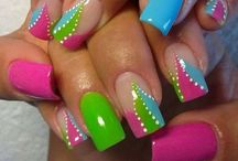 NAILS / by JuicyLowoverLopez