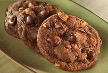 Cookies / by Elizabeth Saint John