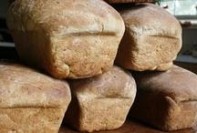 Food-Bread / by Kristiina DiOrio