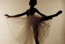Dance:)<3 / by Hadley Cawthorne