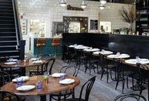 Hôtels , Cafés & Restaurants / Façades ou intérieurs. Certains ont tant de charme ! / by Lili Paris